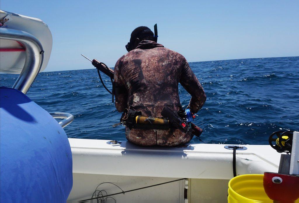 Cuando perdemos la conentración en pesca submarina es buena idea subir al barco y pararnos a pensar.