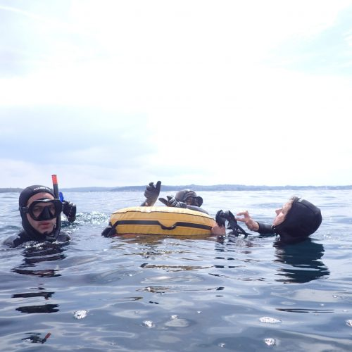 Entrenamiento de apnea en mar. Respiración de recuperación.